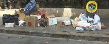 La suciedad se acumula 'más' en Alicante por la huelga de celo que secundan los trabajadores de la UTE mientras el concejal de limpieza disfruta de sus vacaciones de verano