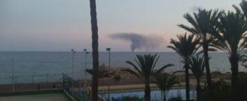 Se incendia un velero a tres millas de la costa en Alicante