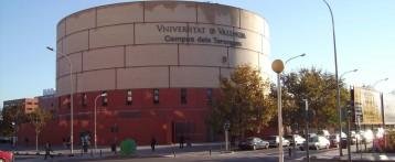 La Universitat de València debat els drets de les dones en la nova Constitució marroquina