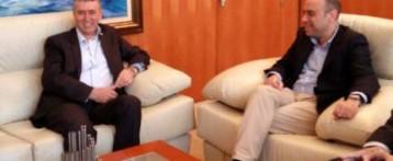 Nuevo enfrentamiento entre el alcalde de Alicante y la Consellería de Comercio por el horario de apertura. Climent dice que «la libertad comercial se negociará «de abajo hacia arriba»