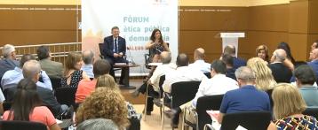 Los consellers se someten a un examen ciudadano en la provincia de Alicante en el fórum «Diàlegs d'estiu»