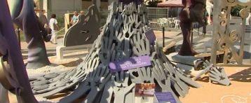 Trescientos nombres de víctimas de violencia machista en una hoguera de Alicante contra el maltrato