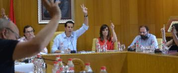 Se desata la polémica del valenciano en Elda