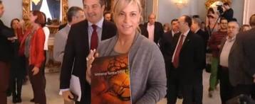 Sonia Castedo presenta el libro de la Semana Santa alicantina