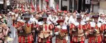 12tv estará retransmitiendo en directo las fiestas de Moros y Cristianos en Petrer.
