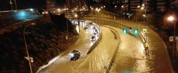 Alicante está en alerta naranja por tormentas, oleaje y fuertes lluvias de hasta 40l./mt2 en una hora