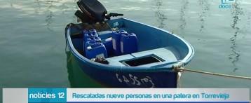 Salvamento Marítimo rescata a nueve personas en una patera en Torrevieja