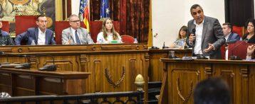 La oposición gana en Elche dos votaciones sobre los conciertos educativos y sobre el Pativel