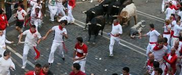 150 mossos valencians corren en els tancaments de Sant Fermín